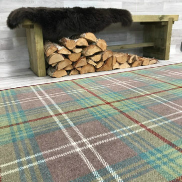Chisholm Hunting Tartan Rug Bespoke Sizes