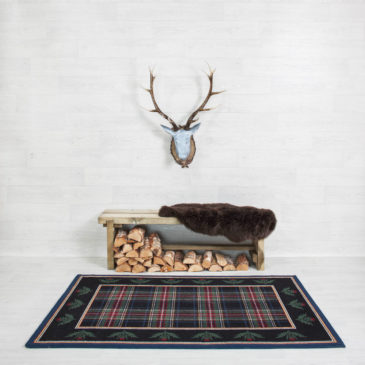 Black Stewart Thistle Border Rug