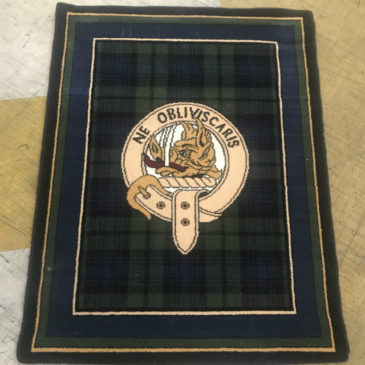 Black Watch Rug With Border & Crest